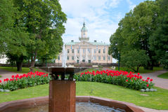Pori finland Gammal stadshus och stad Hall Park Arkivfoto