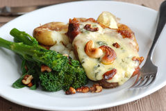 Pork chops with stilton Royalty Free Stock Images