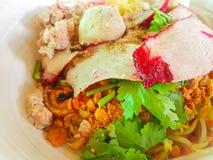 pork för bbq-matmalaysia nudel Arkivfoton