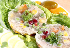 Pork med grönsaker i gelé Royaltyfri Bild