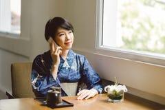 porozmawiać z telefonu obraz royalty free