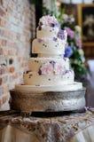 Porpora della torta nunziale Fotografia Stock
