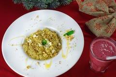 Porridge con miele e le noci Immagini Stock