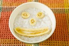 Porridge del riso del bambino fotografia stock libera da diritti