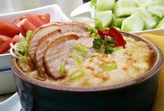 Porridge med Meat Royaltyfria Bilder