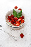 Porridge with strawberries Royalty Free Stock Photography