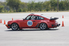 Porsche 911 en Autocross Foto de archivo libre de regalías