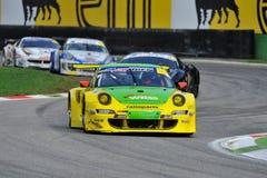 Porsche 997 GT3 dans la piste de chemin de Monza Image libre de droits