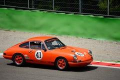 1965 Porsche 911 bij Monza-Kring Stock Afbeeldingen