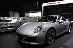 Porsche 911 Carrera 4S konvertibla sportscar Royaltyfria Bilder