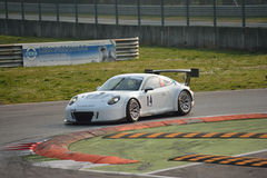 Porsche 911 GT3 R på Monza Royaltyfria Bilder