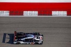 Porsche LMP1 racerbil från över royaltyfri fotografi
