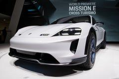 Porsche misi E krzyża Turismo pojęcia SUV samochód Obraz Stock