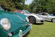 Porsche sportbilar i en line up Arkivfoto