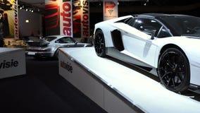 Porsche 918 Spyder e Lamborghini Aventador stock footage