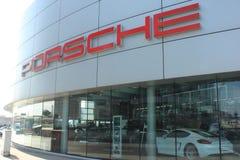 Porsche-Verkaufsstellefront Lizenzfreie Stockbilder