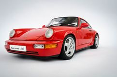 1:18 Porsches 911 Carrera RS AutoArt-Modell stockfotografie