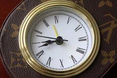 porslinet clocks den gammala s-tidmätaren Royaltyfri Fotografi