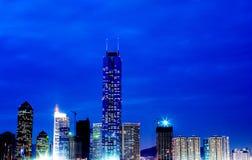 porslinguangzhou nightscape Royaltyfria Foton