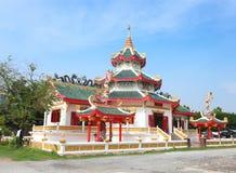 porslintempel thailand royaltyfria bilder