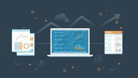 Portátil com originais e relatório Informação com gráficos e gráficos na tela Relatório de exame financeiro Auditoria, pesquisa ilustração stock