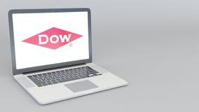 Portátil de abertura e de fechamento com logotipo de Dow Chemical Company animação do editorial 4K ilustração royalty free