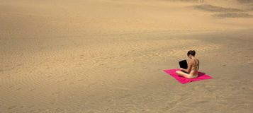 Portátil do deserto Foto de Stock Royalty Free