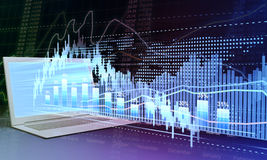 Portátil e statist dos gráficos de negócio Fotos de Stock