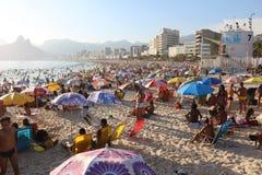 Portées thermiques 44 de sensation 5 degrés de Celsius en Rio de Janeiro Photos libres de droits