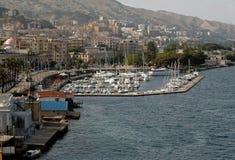 Port à Messine, Sicile Photographie stock