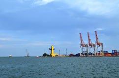 Port: żurawie przy pracą Fotografia Stock