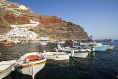 The port of Amoudi. Under Oia village, Santorini Stock Images