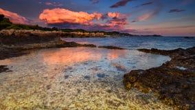 Port av Argostoli i Grekland på den Kefalonya ön under blå timme Royaltyfria Foton