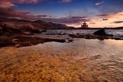 Port av Argostoli i Grekland på den Kefalonya ön under blå timme Royaltyfria Bilder