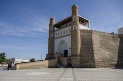Port av den Bukhara fästningen - tillflykten, Uzbekistan royaltyfria foton