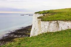 Port av Dover, seascape, sikt från klippan Royaltyfria Foton