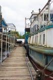 Port av gamla rostiga skepp Återanvända skepp Arkivbild