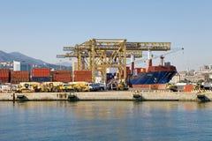 Port av Genoa, Italien Royaltyfri Fotografi