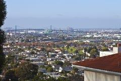 Port av Long Beach Kalifornien och industriområde Royaltyfri Bild