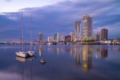 Port av Manila på den manila fjärden, philippines royaltyfri bild