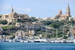 Port av Mgarr på den lilla ön av Gozo - Malta arkivbilder