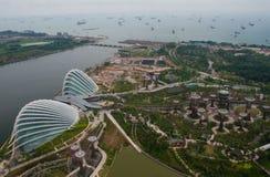 Port av Singapore och trädgårdar vid fjärden Royaltyfri Fotografi