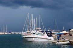 Port av stadstången i stormigt väder i September, Montenegro Fotografering för Bildbyråer