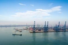 port av Tianjin arkivbild