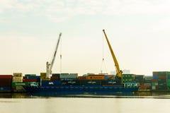 Port behållare av Saigon bredvid floden, Ho Chi Minh City, Vietnam, South East Asia Royaltyfria Bilder