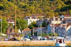 Port coloré d'île de Zlarin photographie stock libre de droits