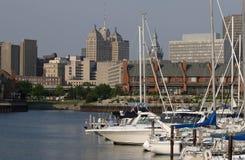 Port dans la ville Photo libre de droits