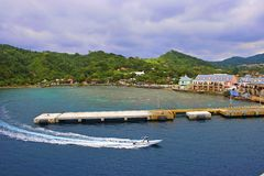 Port dans Roatan, Honduras photos stock