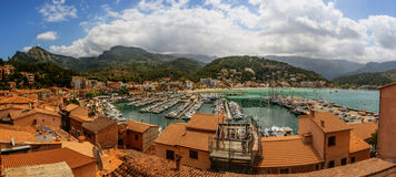 Port de索勒,马略卡,巴利阿里群岛,西班牙 免版税库存照片