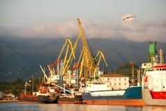 Port de Batumi au coucher du soleil, la Géorgie Photos libres de droits